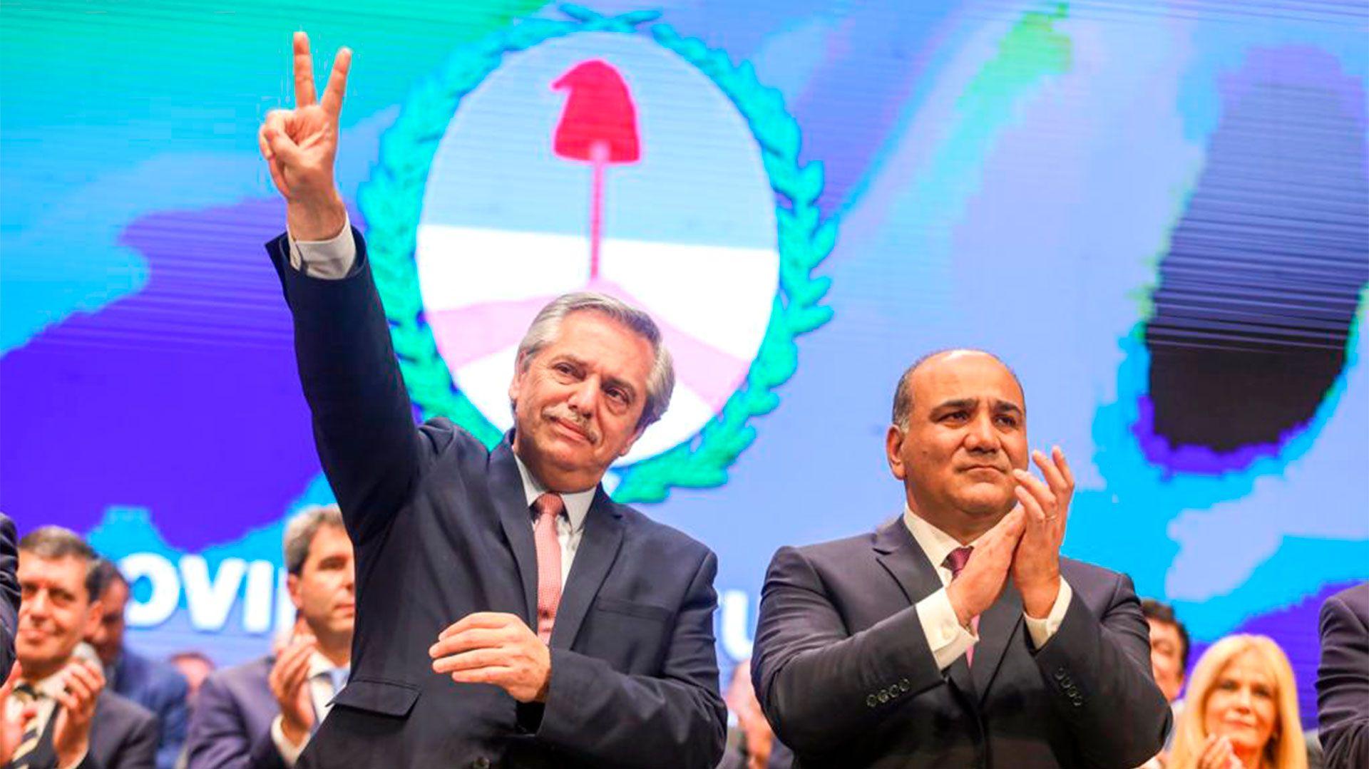 Alberto Fernández junto a Manzur, el día que asumió la gobernación
