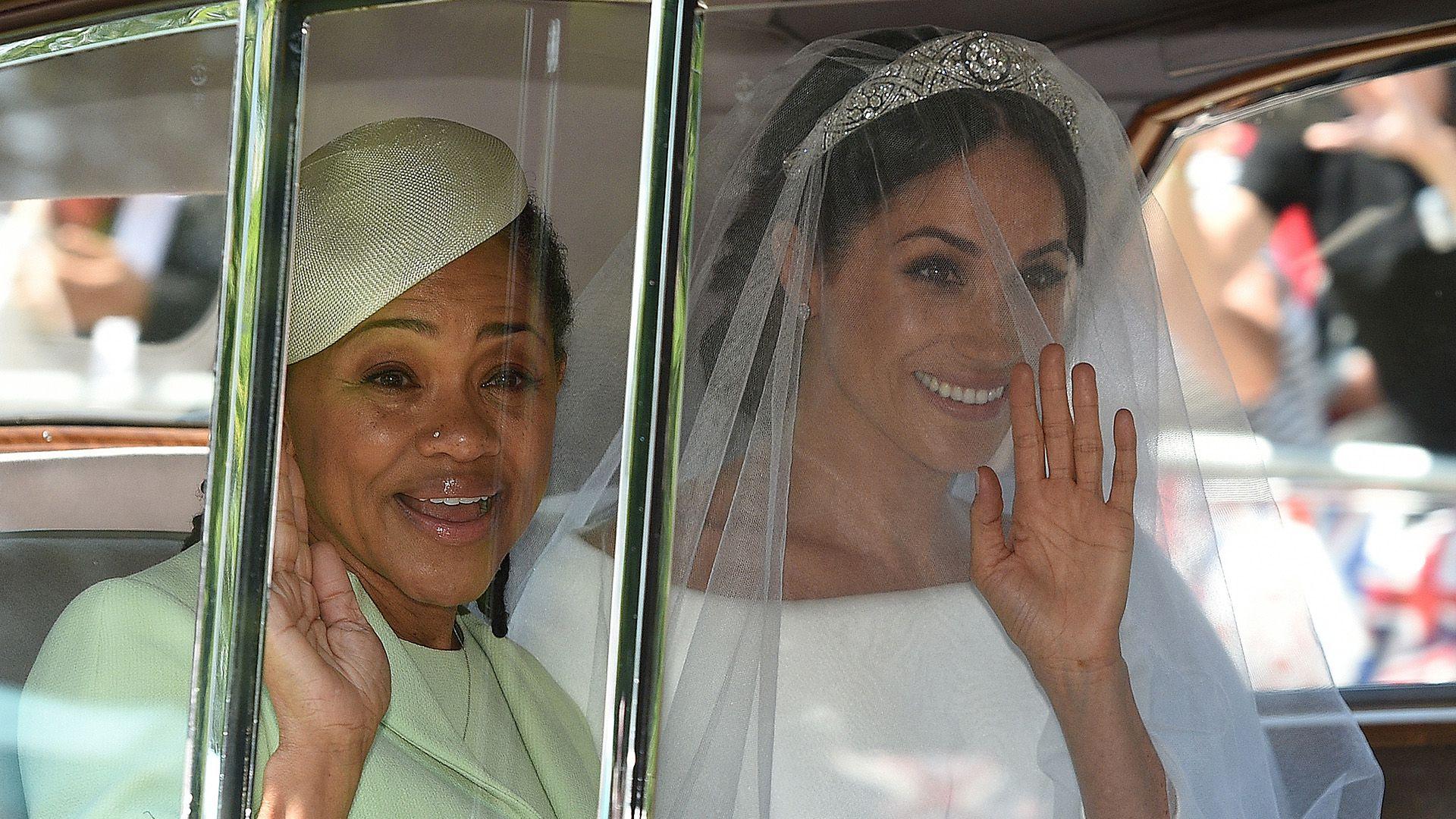 Doria Ragland, la madre de la duquesa de Sussex, fue la única de la familia en ir a la boda real (AFP)