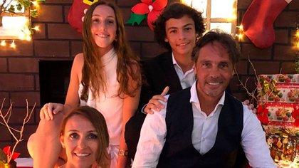 Gustavo junto a su familia (Foto: Instagram @gustavohlopez)