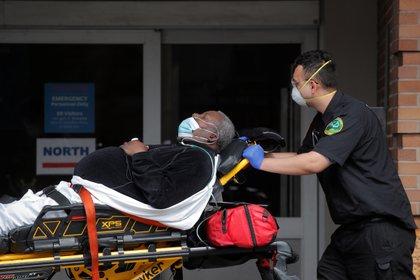 La respuesta inmunitaria agresiva es lo que verdaderamente mata a los pacientes de Covid-19 - REUTERS/Brendan Mcdermid/File Photo