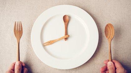 El ayuno intermitente (IF) ha ganado atención como un método simple de pérdida de peso.