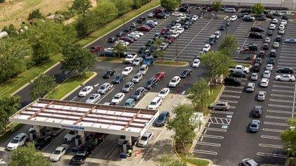 Largas filas y estaciones cerradas en el sudeste de Estados Unidos por la escasez de combustible tras el ciberataque al mayor oleoducto