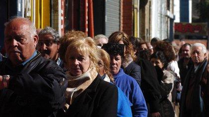 El sistema previsional argentino brinda cobertura a 6,7 millones de jubilados y pensionados.