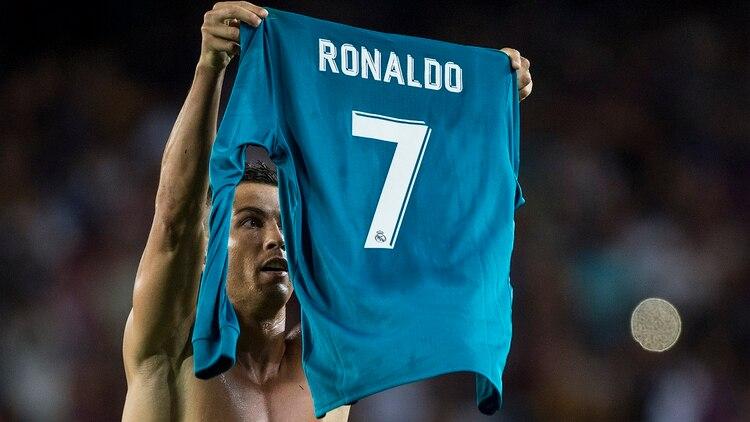 Cristiano Ronaldo se vengó e imitó el festejo de Lionel Messi en el ... 379a0e61c4ab8