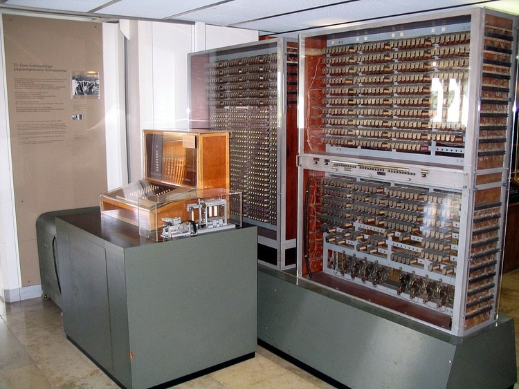 Una réplica de la Z3, que se encuentra en el Museo Alemán, en Munich (Wikipedia)
