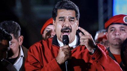 Nicolás Maduro durante su discurso en la plaza Bolívar en el centro de Caracas. (EFE)