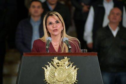 Bolivia: Jeanine Áñez dio positivo por coronavirus