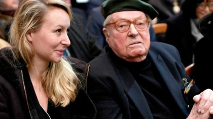 Marion Maréchal junto a su abuelo, el legendario dirigente de la ultra derecha francesa Jean-Marie Le Pen