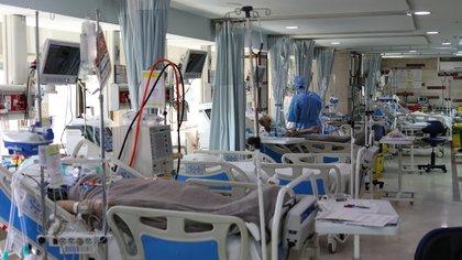 Al momento, el total de infectados en todo el país asciende a 601.713 y la cantidad de personas fallecidas es 12.491 (REUTERS)