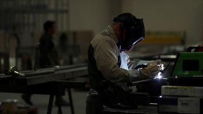 El desempleo aumentó en el tercer trimestre del año pese a la reapertura de actividades durante la cuarentena. (Foto: REUTERS/Marcos Brindicci)