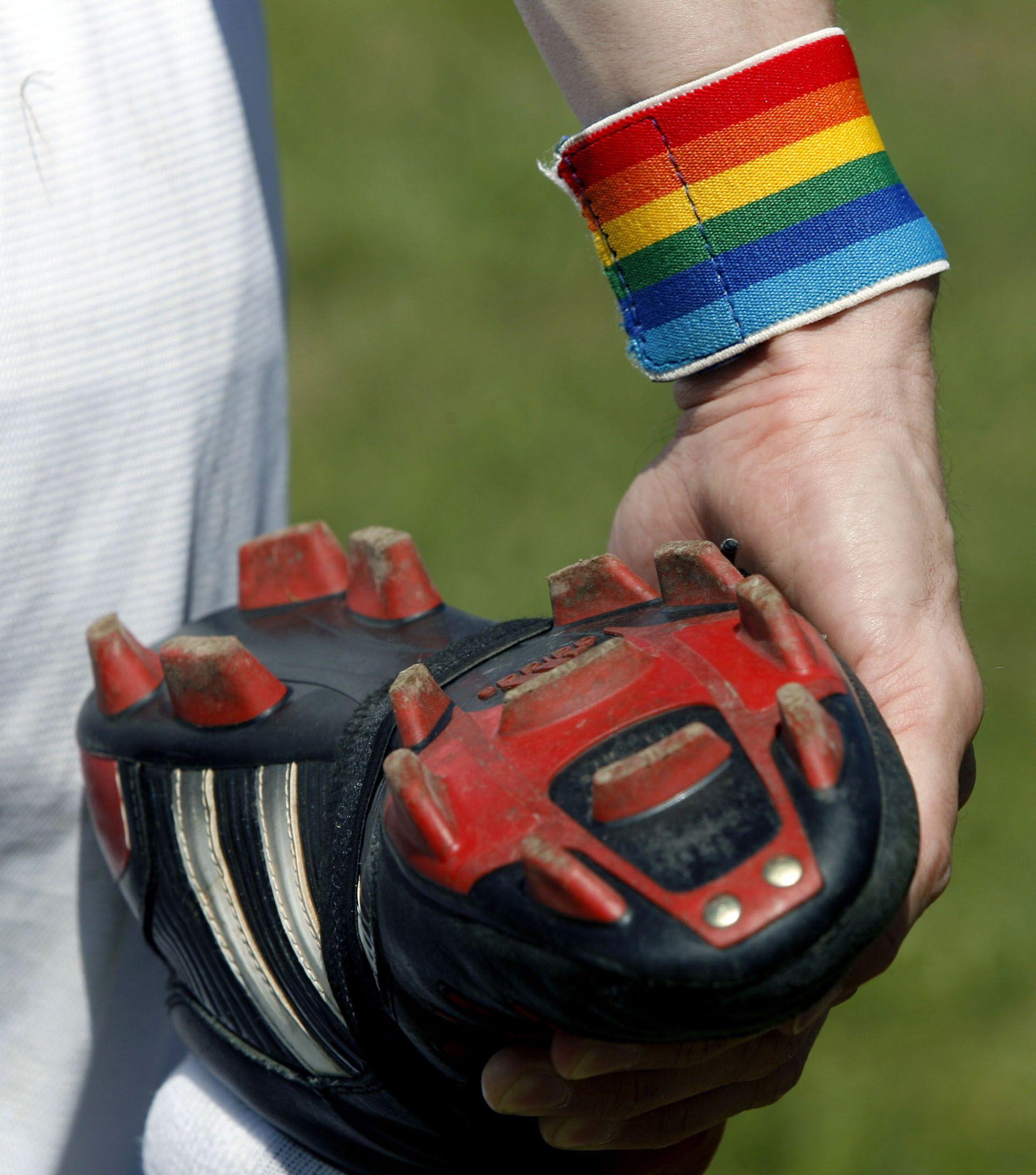 Al día de hoy no hay futbolistas públicamente homosexuales en el más alto nivel de la rama masculina (AFP)