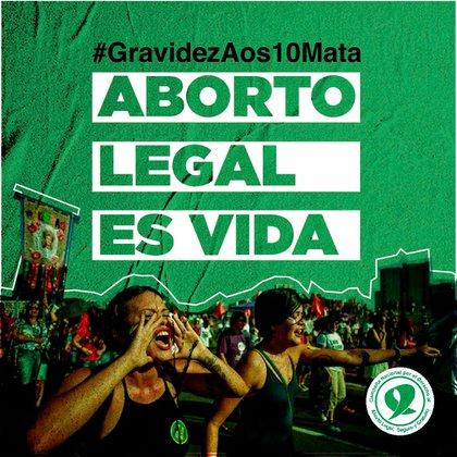 En la Argentina la Campaña por el Aborto Legal, Seguro y Gratuito saco un afiche para apoyar el acceso al aborto legal de la niña brasileña con el hashtag #Gravidezaos10mata