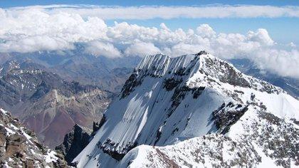 El pico del Aconcagua, a 6962 metros de altura