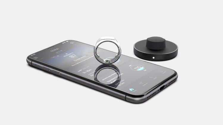 La app, a través de Bluetooth, brinda recomendaciones según las condiciones biológicas del usuario