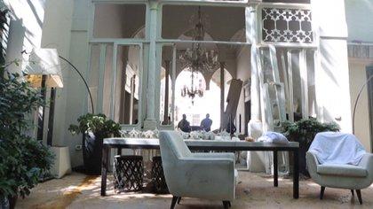 La explosión en Beirut el 4 de agostó también impactó en las casas de los diseñadores más famosos del Líbano (AFP)