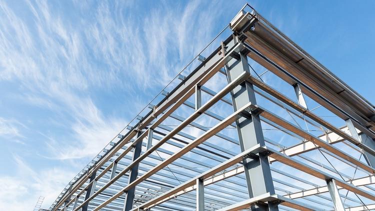 El acero es el material de construcción mundialmente más reciclado (Shutterstock)