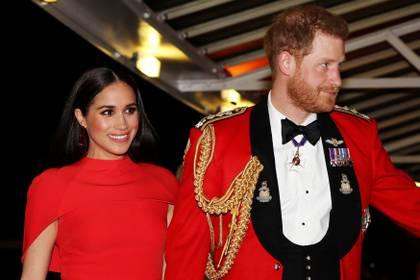 Los duques de Sussex buscan oportunidades laborales para vivir sin dinero de la Corona británica y arman su nueva fundación
