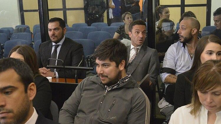 Leandro Báez y atrás Leonardo Fariña (Gustavo Gavotti)