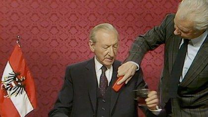 """The Waldheim Waltz "", documental de Ruth Beckerman"