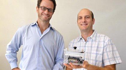 Kraves y Álvarez Saavedra son amigos desde que cursaron la licenciatura en biología en la Facultad de Ciencias Exactas y Naturales de la Universidad de Buenos Aires