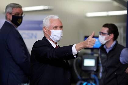 El vicepresidente de EEUU, Mike Pence, visitó una planta de General Motors en Kokomo, Indiana, el pasado 30 de abril (REUTERS/Chris Bergin)