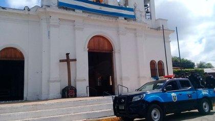 El obispo Báez sostuvo que el régimen de Ortega reprime a la Iglesia de Nicaragua por estar del lado del pueblo