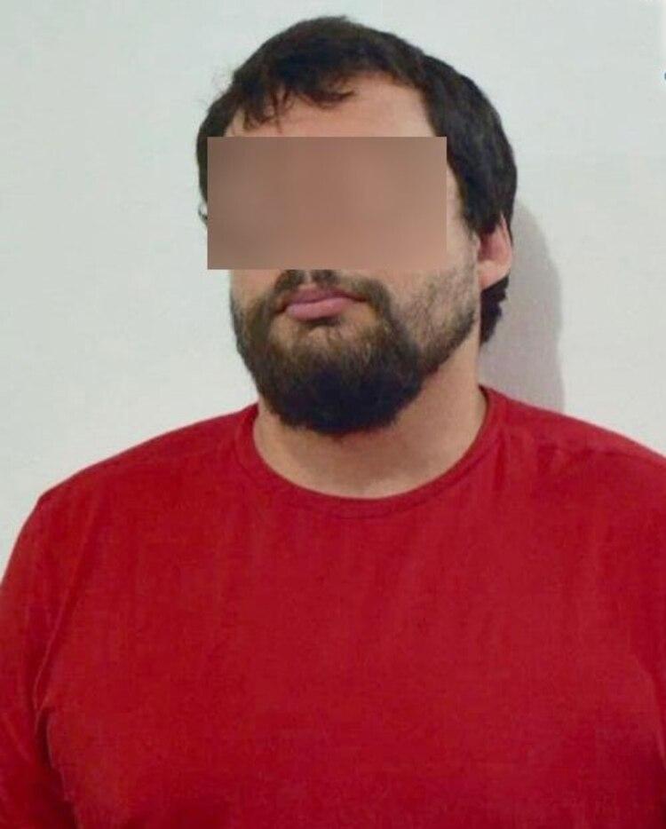 Así fue presentado por las autoridades locales tras su detención (Foto: Fiscalía del Estado de Quintana Roo)