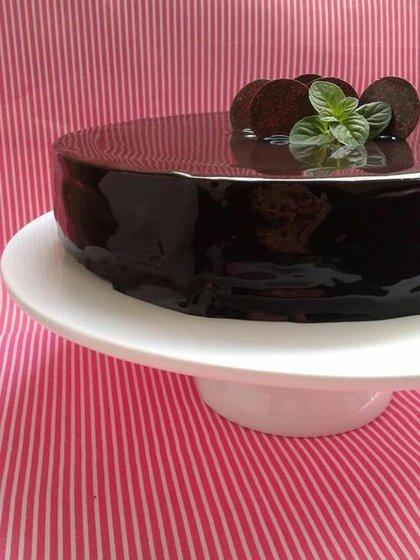 Torta de chocolate con menta, por @sucrepasteleriadeautor