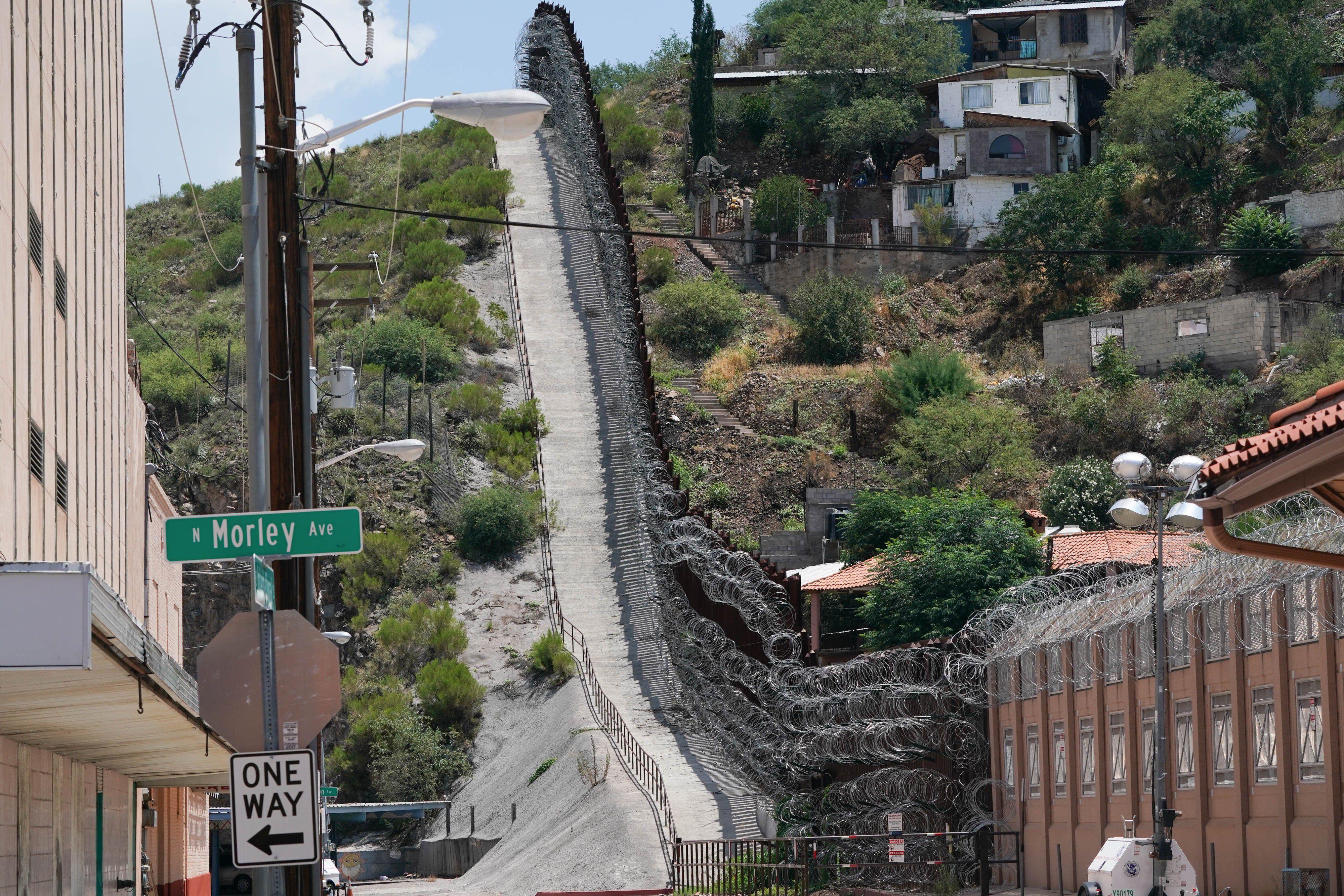 México y EEUU prorrogan un mes más el cierre de parte de su frontera por la crisis del coronavirus (BRYAN SMITH / ZUMA PRESS / CONTACTOPHOTO)