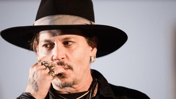 Johnny Depp demandó a sus abogados por conspiración tras perder USD 40 millones