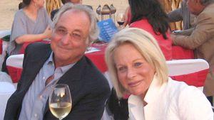 """De una vida de lujo al suicidio de un hijo y el desprecio público: cuando la viuda de Madoff se cansó de ser """"una esposa leal"""""""