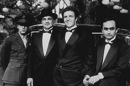 """Al Pacino, Marlon Brando, James Caan y John Cazale en """"El Padrino"""" (Grosby Group)"""