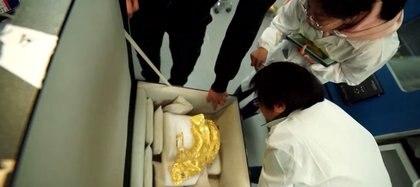 Los arqueólogos chinos que contraron la máscara quedaron maravillados con su tamaño y diseño único