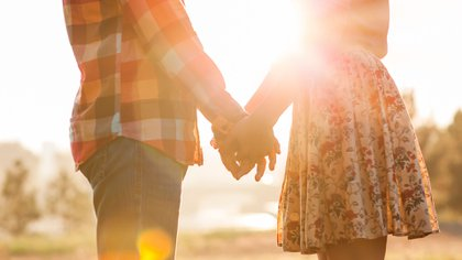 Todo el mundo quiere creer que su relación es para siempre, y, aunque es imposible saberlo con certeza, hay indicios que lo demuestran (Shutterstock)