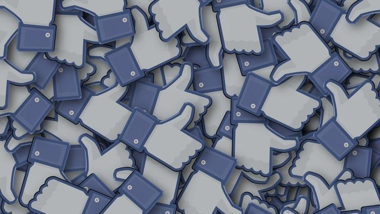 Facebook es la red social más grande del mundo con 2.100 millones de usuarios