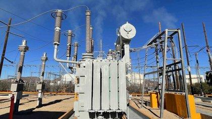 SCJN admitió impugnación de la Cofece contra la reforma a la industria eléctrica de AMLO