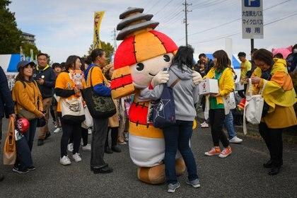 Korou-kun, la mascota de Kikuchi, una ciudad en la prefectura de Kumamoto, en el Gran Premio Yuru-chara en Nagano, Japón, el 3 de noviembre de 2019. (Noriko Hayashi/The New York Times)