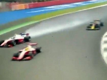 Mick Schumacher choca en la F2