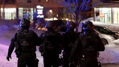 Las fuerzas especiales en el lugar del tiroteo (Reuters)
