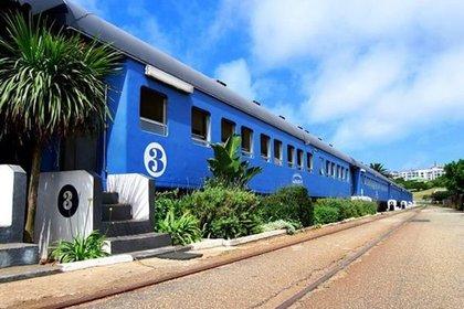 The Santos Express (Mossel Bay, Sudáfrica). Era un tren, pero lo convirtieron en un hotel que tiene inigualables vistas al Océano Índico, y que dice ofrecer los mejores mariscos de África
