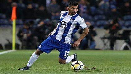 Tecatito Corona mantiene su contrato con el Porto hasta 2022  (Foto: Instagram@jesustecatitoc)