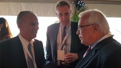 Edward Prado, embajador de EEUU en Argentina, y Alejandro Bulgheroni en una reunión de G20, el año pasado en Washington