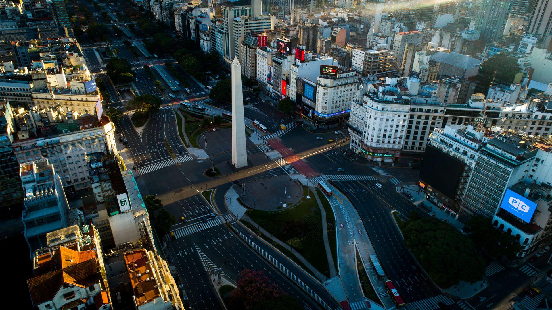 La ciudad, vacía en plena cuarentena (Thomas Khazki)