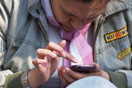 La colaboración entre el INSP con los operadores de telefonía móvil y el Gobierno de la CDMX representa un esfuerzo que permitirá saber el porcentaje de apego de la ciudadanía local en relación a las medidas sana distancia por COVID-19 (Foto: María José Martínez Herrera/ Cuartoscuro)