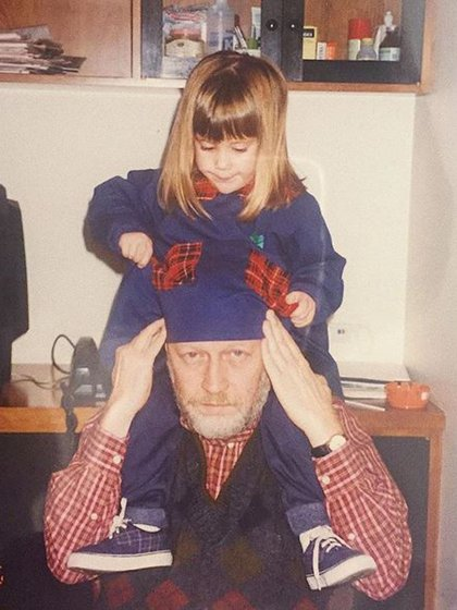 Una vieja foto de la actriz con su padre (Foto: Instagram)