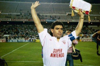 """""""No llevaba una vida propia de un futbolista de alto nivel"""", reveló el detective que espió a Maradona en Sevilla"""