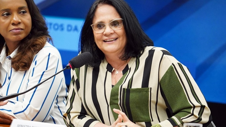 Damares Alves