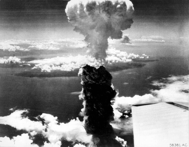 El avión que transportó Fat Man hasta los cielos de Nagasaki se llamó Bockscar y era comandado por Charles Sweeney (U.S. Air Force/REUTERS)