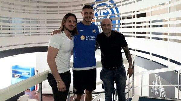 Hasta el momento, Sampaoli realizó una serie de visitas a futbolistas que juegan en Europa