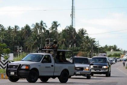La Fuerza Armada montó un operativo durante el cortejo fúnebre de Arturo Beltrán Leyva (Foto: Cuartoscuro)